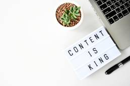 Content-Is-King-Flatlay